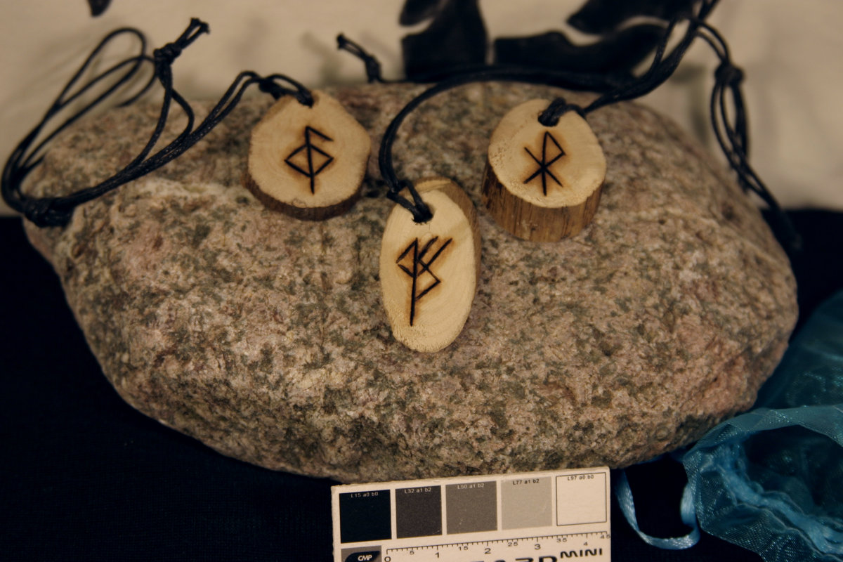 Runes magiques « Amour, Santé, Richesse », le trio gagnant